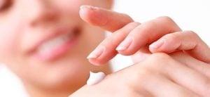 Cara Menghaluskan Telapak Tangan yang Kasar Secara Alami